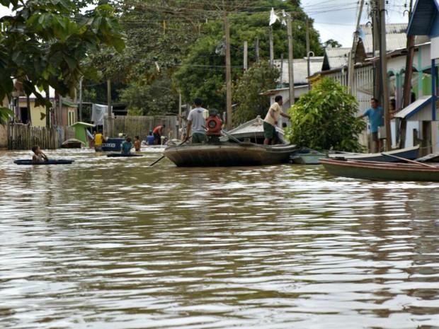 Rio Tarauacá marcou 10,50 metros nesta segunda (30), segundo Defesa Civil  (Foto: Carlos Lima/ Arquivo pessoal)