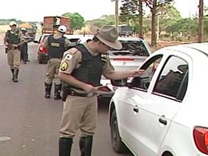 Em Ituiutaba, ação foi na MG-154 (Foto: Reprodução/TV Integração)