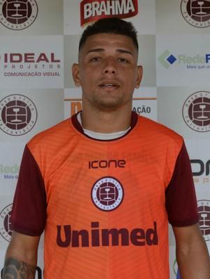 Mádison, atacante da Desportiva Ferroviária (Foto: Wagner Chaló/GloboEsporte.com)