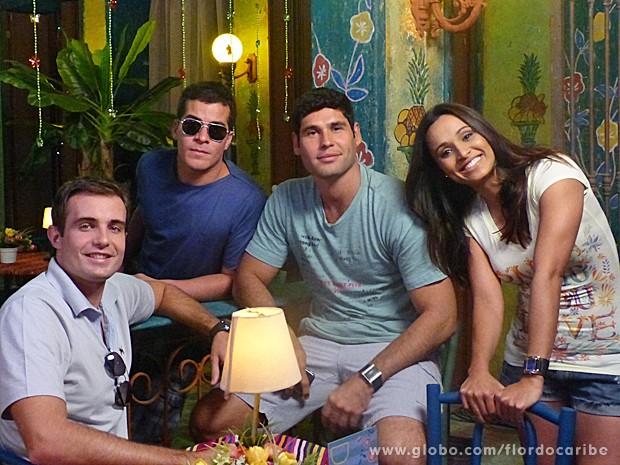 Amizade do quarteto vai além das cenas de Flor do Caribe (Foto: Flor do Caribe / TV Globo)