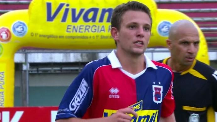 Rodrigo Gasperin lateral-direito do Paraná Clube (Foto: Reprodução/RPC)