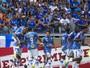 No reencontro de Fábio e Dedé com a torcida, Cruzeiro vence Democrata GV