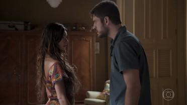 Ritinha diz a Zeca que ainda gosta dele
