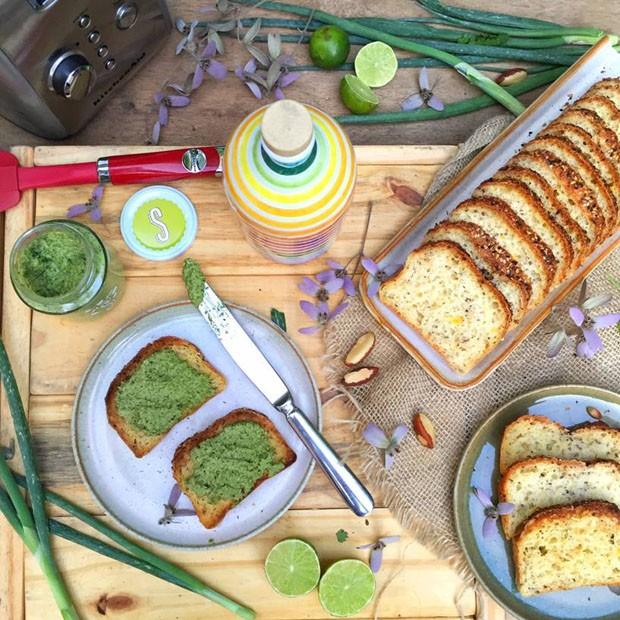 Pesto de coentro e cebolinha: receita prática para servir com pães (Foto: Simplesmente)