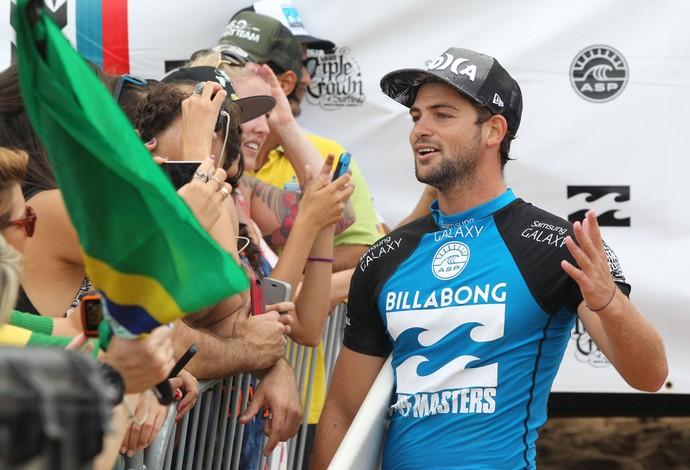Alejo Muniz, surfe, Pipeline (Foto: Márcio Fernandes / Estadão)