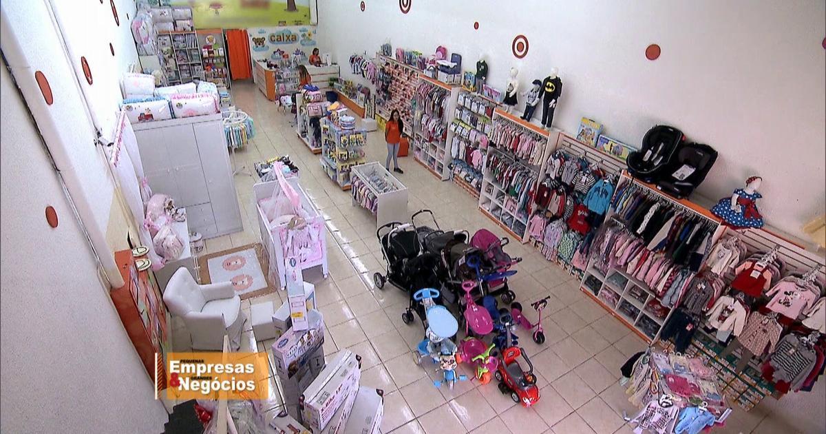 Melhores lojas virtuais de roupas de bebê. Confira a seguir uma seleção com as 3 melhores lojas virtuais confiáveis de roupas de bebê do Brasil: 1. Bebe Store com 10% de Desconto para Leitora! — USE o Cupom PORTALBEBES No primeiro lugar da nossa lista, uma velha conhecida de vocês.