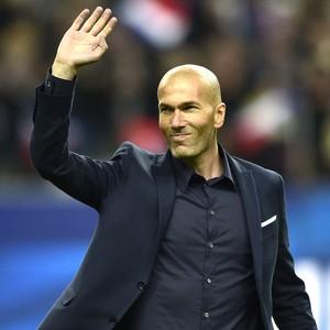 Zidane, França X Brasil (Foto: Agência AFP)
