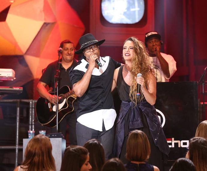 Buchecha e Tiê cantaram juntos no 'Altas Horas' (Foto: Carol Caminha/Gshow)