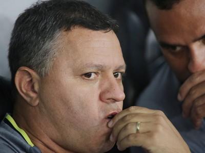 Pachequinho técnico coritiba atletiba  (Foto: Giuliano Gomes/PR Press)