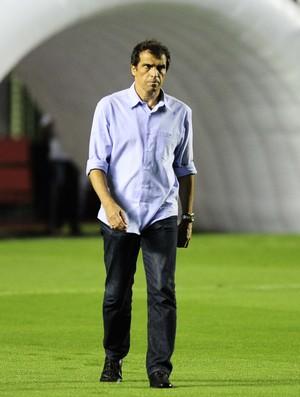MIlton Cruz São Paulo x Joinville (Foto: Marcos Ribolli)