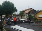Defesa Civil distribui lonas para famílias afetadas por temporal no RS