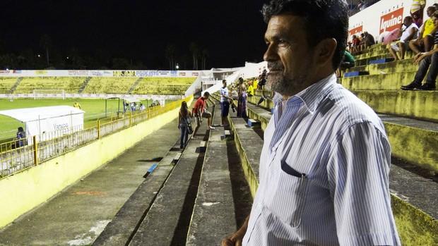 Ozir Ramos, presidente do Íbis (Foto: Terni Castro/Globoesporte.com)