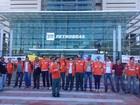 Petroleiros fazem protesto em unidades da Petrobras no ES