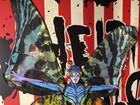Heidi Klum escolhe fantasia inusitada para festa do Dia das Bruxas