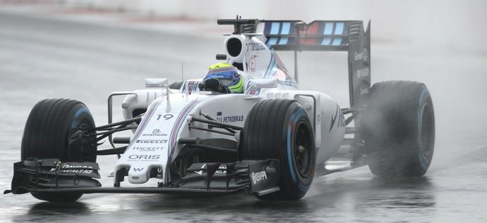 Felipe Massa em ação no 2º treino livre para o GP da Rússia (Foto: AFP)