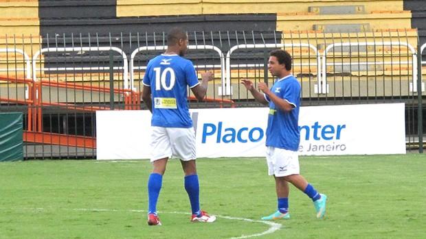 Wellington nem e Dedé, Pelada contra o Diego Souza (Foto: Richard Souza / Globoesporte.com)