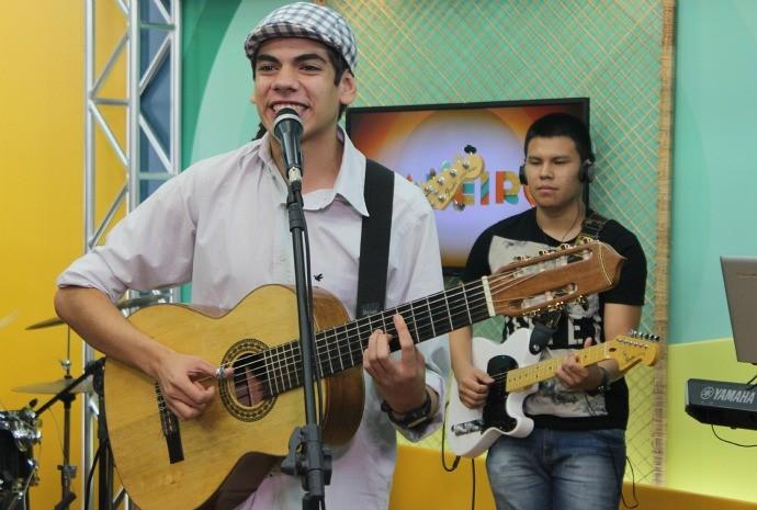 Dudu Brasil traz a música de berço (Foto: Katiúscia Monteiro/ Rede Amazônica)