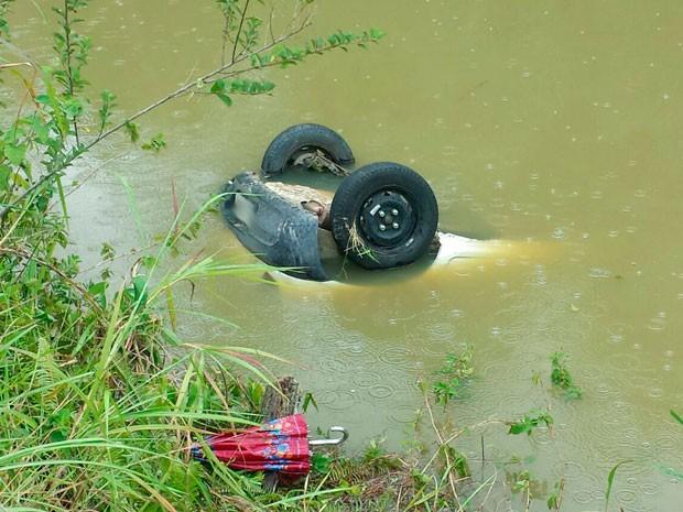 Acidente na BA-120, em Ibirataia; criança morreu (Foto: Giro em Ipiaú)