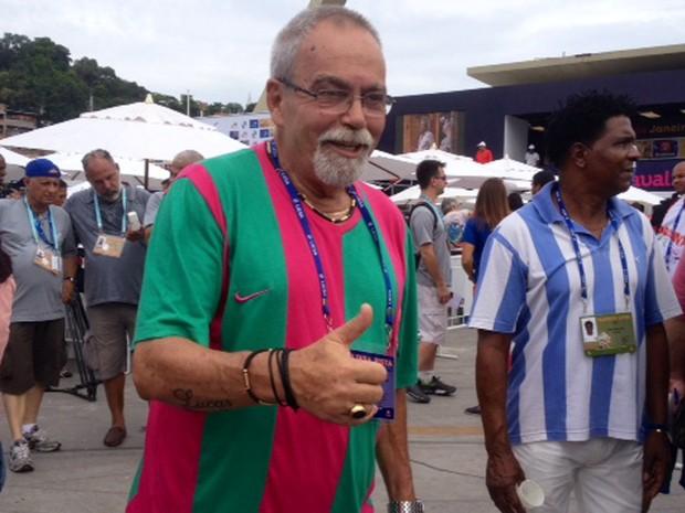 Interprete da Mangueira, Luizito, disse que por enquanto todas são campeãs (Foto: Káthia Melo/ G1)