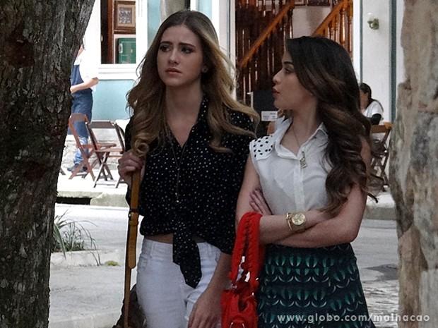 Sofia confessa para Flaviana que está afim de Ben (Foto: Malhação / TV Globo)