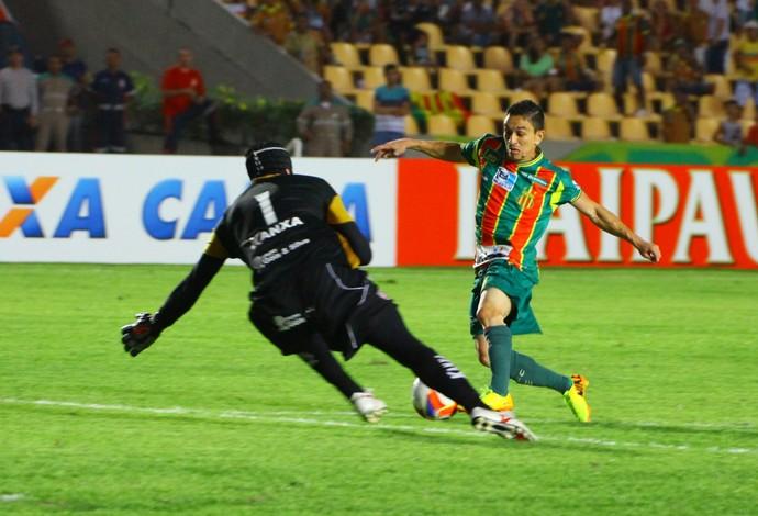Pimentinha diz que o Sampaio precisa se manter forte jogando no Castelão (Foto: Biné Moraes / Jornal O Estado)