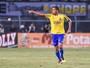 Reinaldo renova com o São Paulo e jogará por empréstimo na Chape