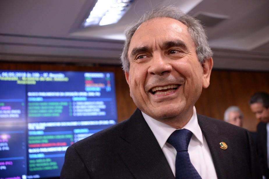 Raimundo Lira é escolhido pela bancada novo líder do PMDB no Senado