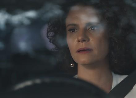 Marta descobre toda a verdade sobre Malu e Edgar
