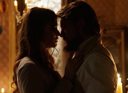 Felipe se declara e beija Lívia: 'Nunca deixei de amar'