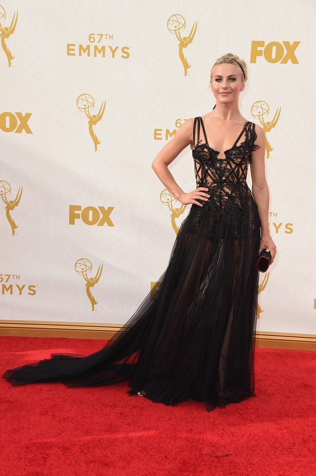 Julianne Hough no Emmy Awards (Foto: Getty Images)