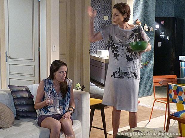 AFF, Marta! A mãe da Ju podia ajudar e não atrapalhar, né glr? (Foto: Malhação / Tv Globo)