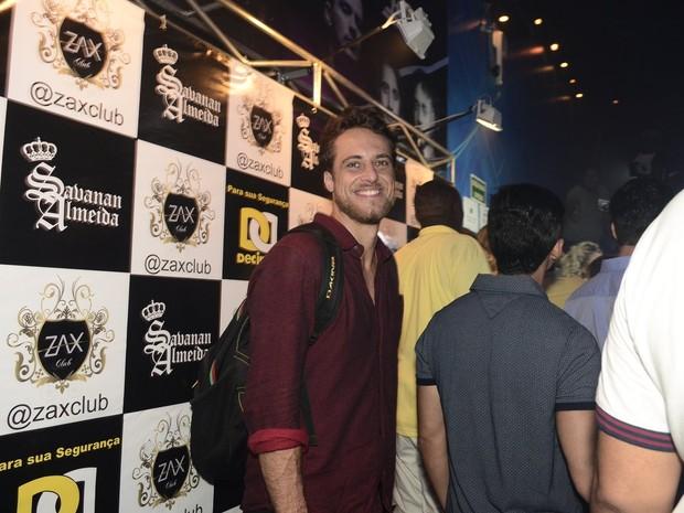 Ex-BBB Daniel em festa na Zona Oeste do Rio (Foto: Roberto Teixeira/ EGO)