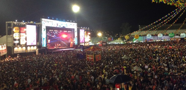 Aviões do Forró reúne 100 mil forrozeiros na véspera de São Pedro (Lafaete Vaz/ TV Asa Branca)