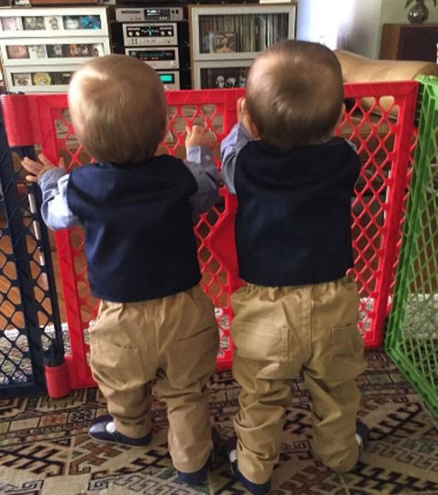 Arthur e David, filhos de Dalton Vigh e Camila Czerkes (Foto: Reprodução/Instagram)