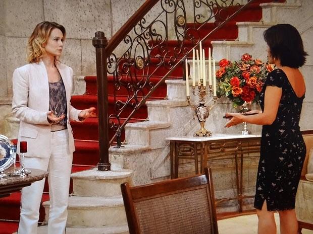 Juliana e Roberta tem uma conversa tensa (Foto: Guerra dos Sexos / TV Globo)