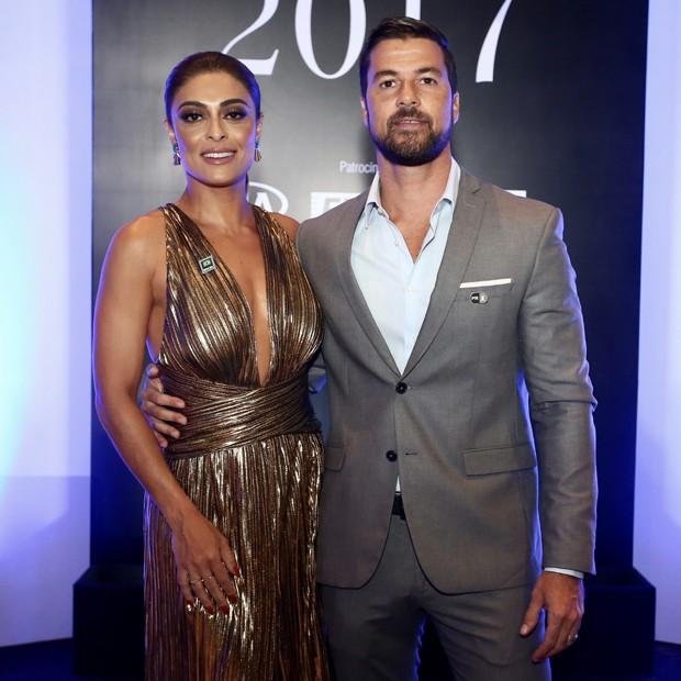 Juliana Paes e o marido, Carlos Eduardo Baptista (Foto: Manuela Scarpa/Brazil News)