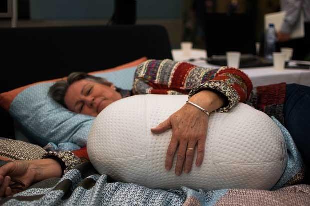 Travesseiro robótico promete combater sono agitado (Foto: Divulgação)