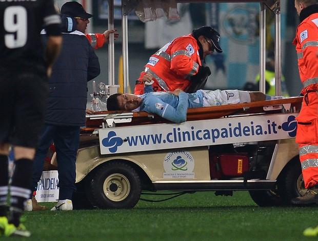 Hernanes Lazio machucado (Foto: AFP)