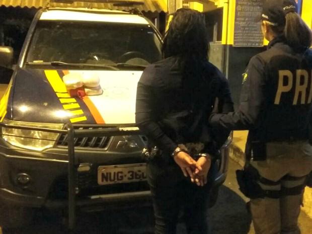 Suspeita disse que levaria droga para o município de Confresa (Foto: Divulgação/PRF-MT)
