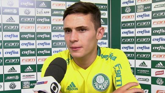 """""""Sem TV"""", Raphael Veiga reconhece saber pouco do rival Corinthians"""