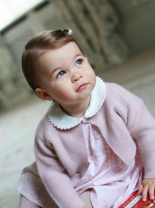 As fotos foram tiradas pela mãe, Kate Middleton (Foto: Reprodução/ Instagram)