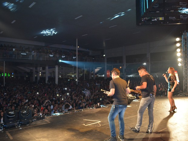 Casa de shows ficou lotada no show da banda em Porto Velho (Foto: Mary Porfiro/G1)