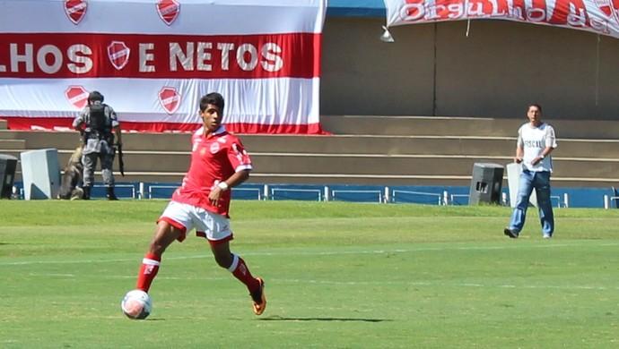 Gustavo - Vila Nova x Duque de Caxias (Foto: Fernando Vasconcelos / Globoesporte.com)