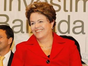 Dilma Rousseff em anúncio de investimentos do PAC em Santos  (Foto: Roberto Stuckert Filho/PR)