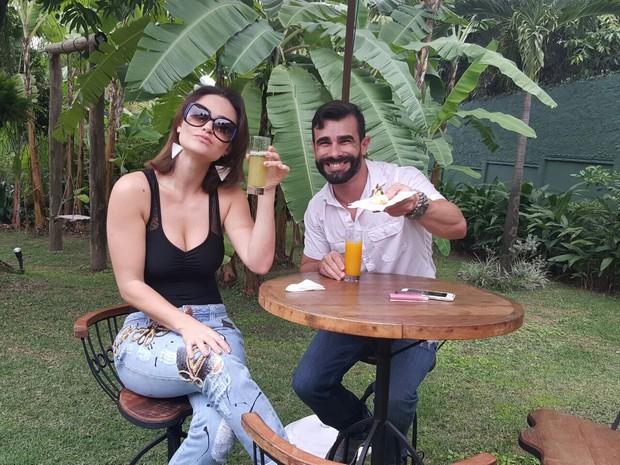 Laura e Jorge fazem degustação de buffet de seu casamento (Foto: R2assessoria / Divulgação)