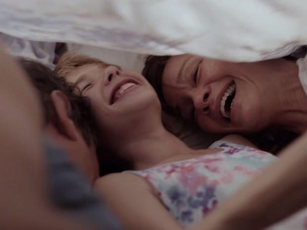 Cena de 'Pequeno Segredo', filme indicado pelo Brasil para tentar vaga no Oscar (Foto: Reprodução)