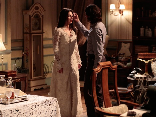 Haroldo chama Jade de Esmeralda e deixa bailarina bolada (Foto: Felipe Monteiro / Gshow)