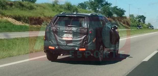 Chevrolet Equinox é flagrado em testes no Brasil (Foto: Rafael Nunnes / Autoesporte)