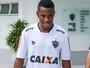 """Sem Robinho, Dorival acha """"quase impossível"""" chegada de novo atacante"""