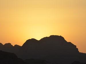Pôr do sol no deserto de Wadi Rum (Foto: Juliana Cardilli/G1)
